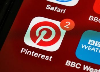 how to log out of pinterest?